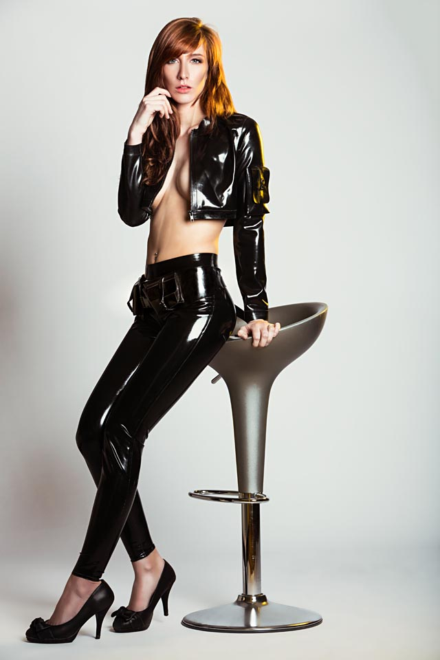 Annelies Dressed in Black Latex by Meat & Simon O.