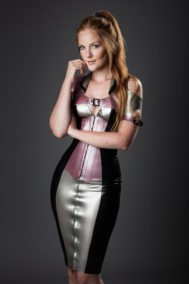 Evelien in Latex by House of Harlot