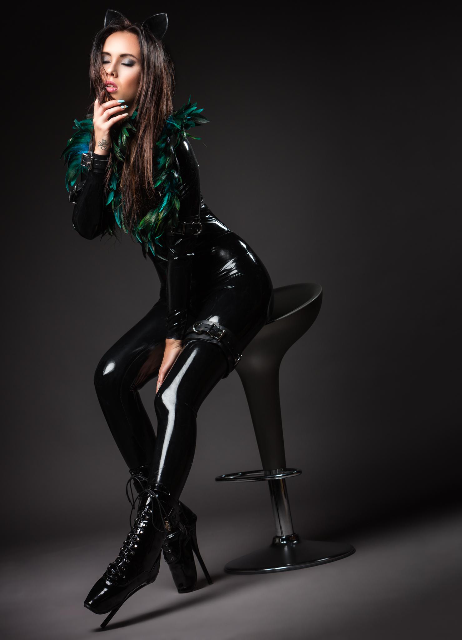 Latex Kitty Jolien
