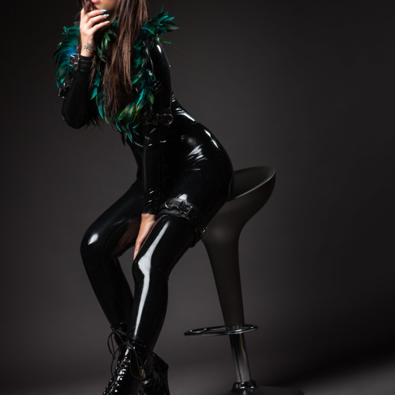 Latex Kitty Jolien