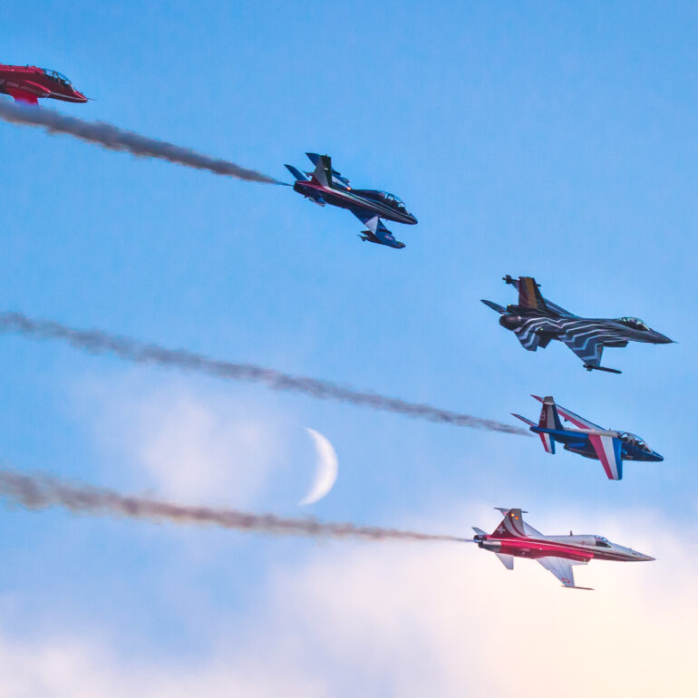 Sanicole Airshow Aerobatics Formation