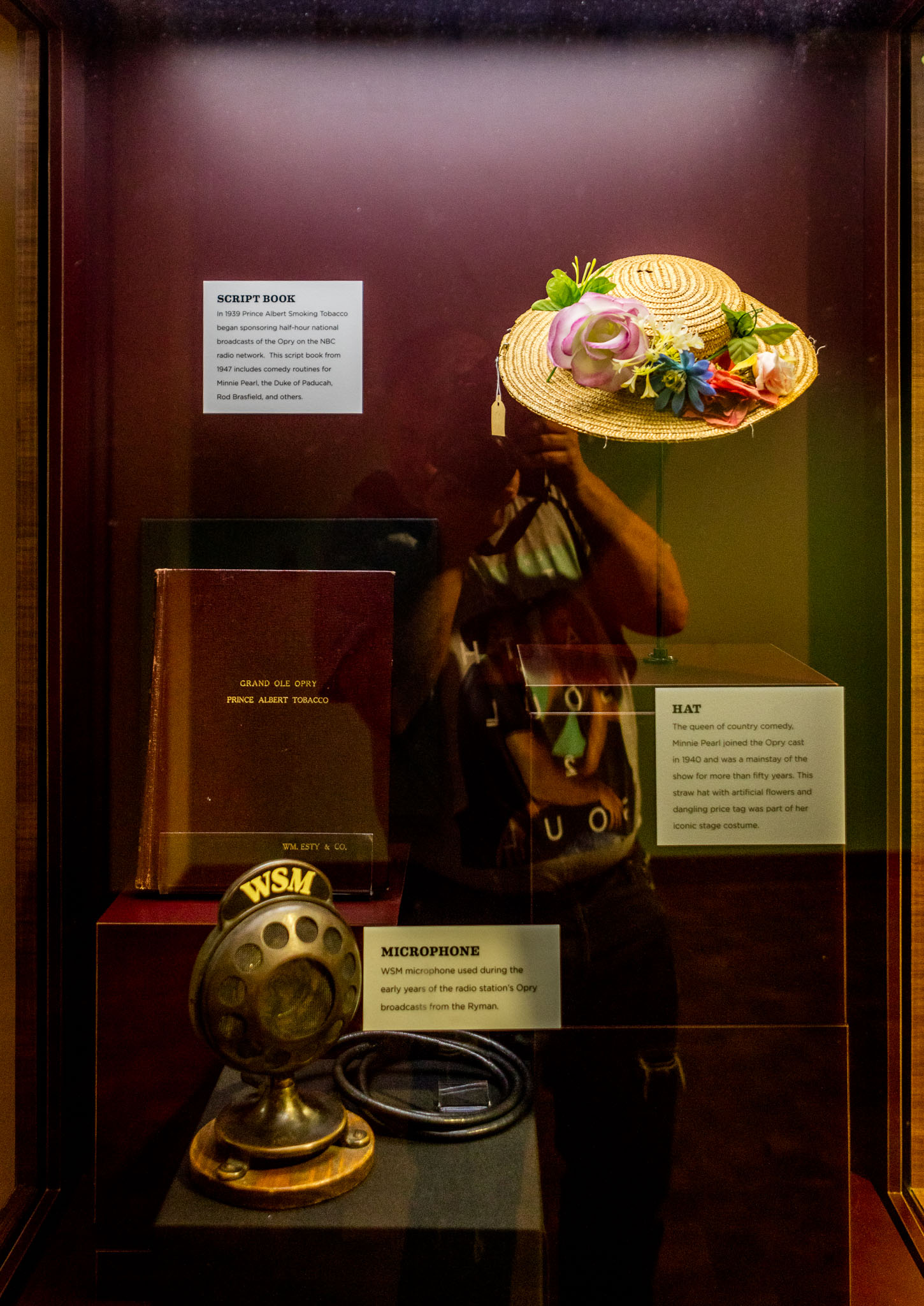 Memerobilia of The Grand Ole Opry's Minnie Pearl at CMHOF