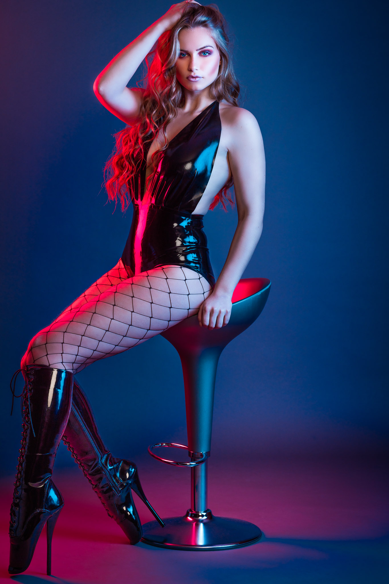 Romi in Black Latex and Ballet Heels