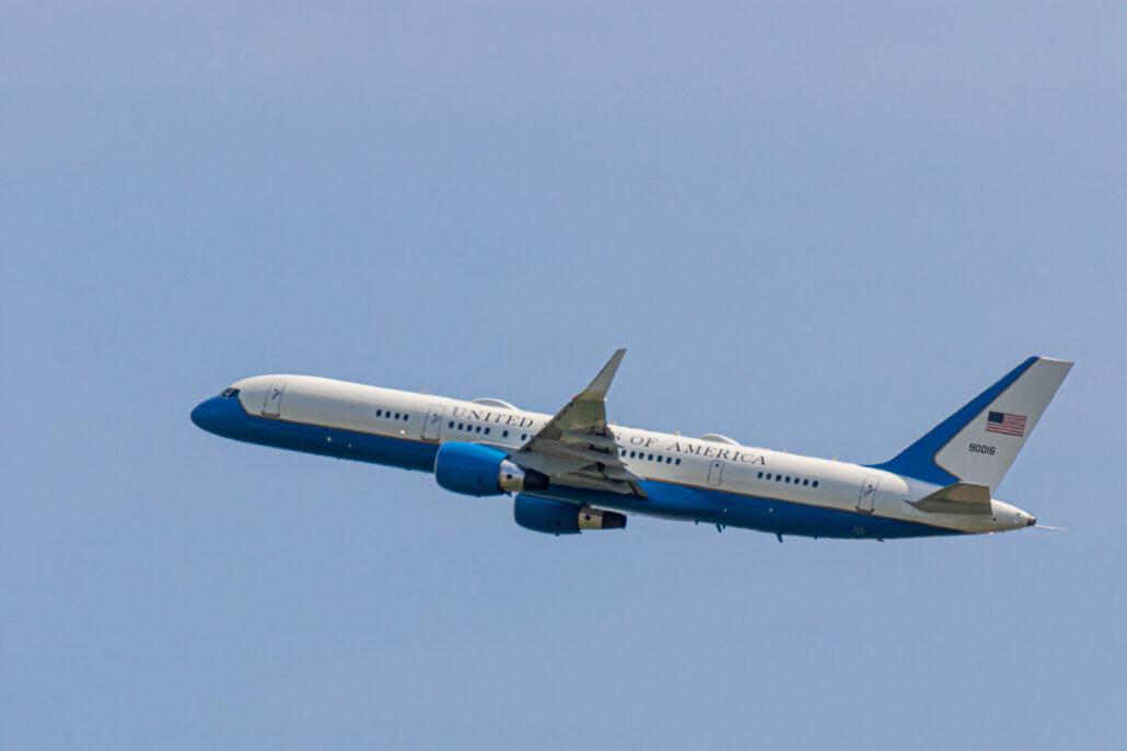 US Air Force Boeing C-32