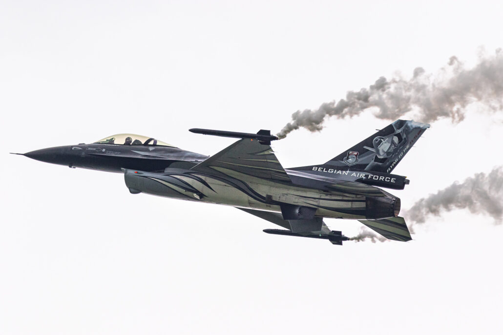 Belgian Air Force F-16 Demo for 2021 - Dark Falcon
