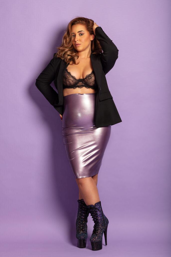 Model Zana Wearing Lilac Latex and Ballet Heels