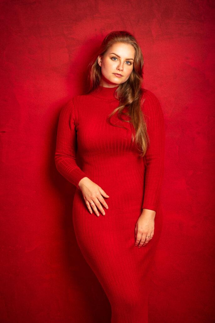 Model Romi is my Lady in Red
